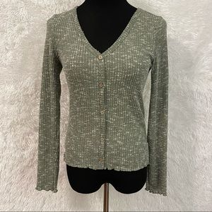 Almost Famous Woman's Green V-Neck Sweater